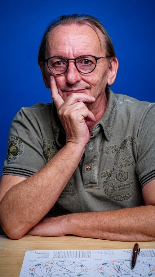 Peter Schmid Astrologe Astroschmid.ch